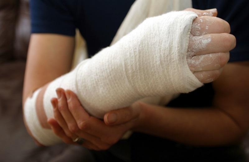 Мумие при переломах костей: как принимать внутрь, в таблетках и пить